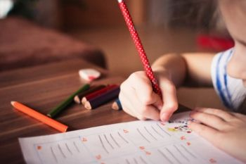 HELPING KIDS TO HANDLE EXAM STRESS